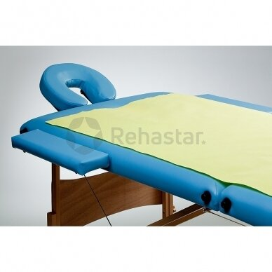 Paklojimo popierius masažui su folija 150 x 210 cm