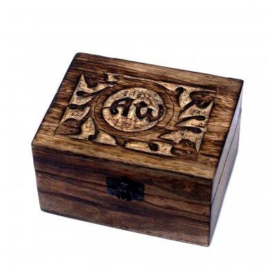 Aromaterapijos dėžutė su 6 geriausiais eteriniais aliejais 2